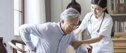 两会代表委员呼吁:加快我国养老服务业发展
