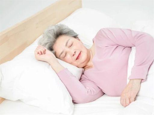 一项五年研究发现:睡眠不规律或使中老年人患心血管疾病风险增加1倍